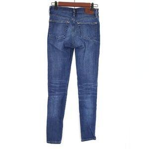 Frye Skinny Jeans SZ 27 Medium Wash Addie Skinny
